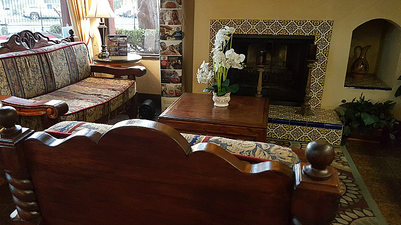 Lobby at Best Western Americana Inn - San Ysidro