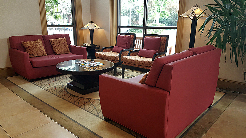 Lobby of The Doubletree by Hilton Claremont Hotel