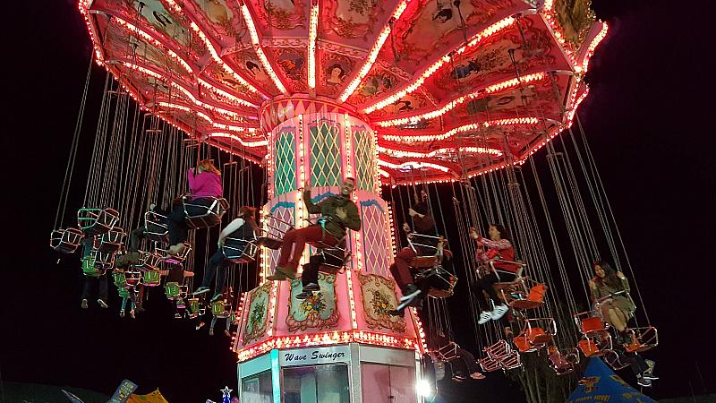Winterfest Swing Ride