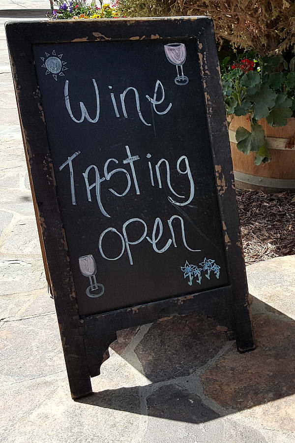 Wine Tasting Open - Vitagliano Vineyards and Wine Tasting Temecula, California