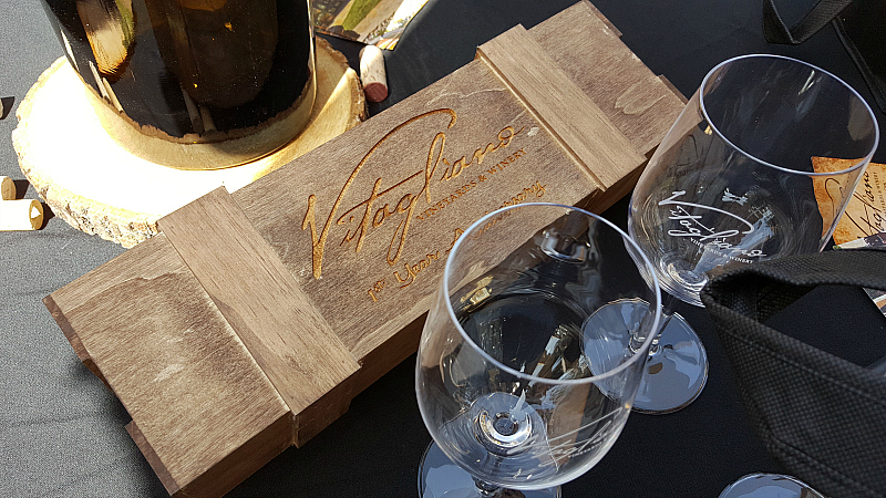 vitagliano wine box glasses