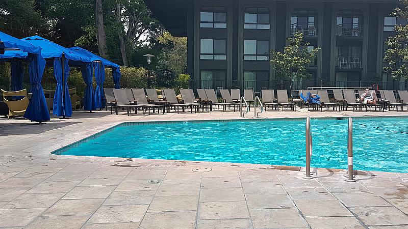 hyatt pool cabanas