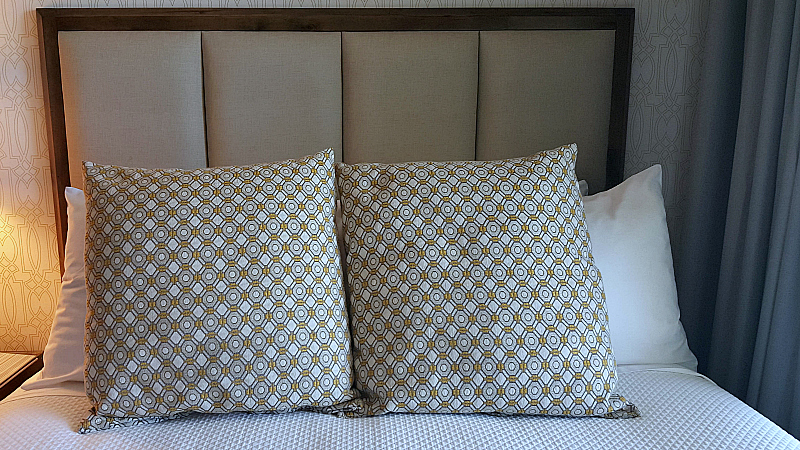 mdr hotel bed