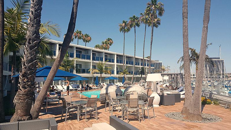 mdr hotel pool deck