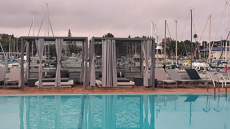 mdr hotel pool morning fog