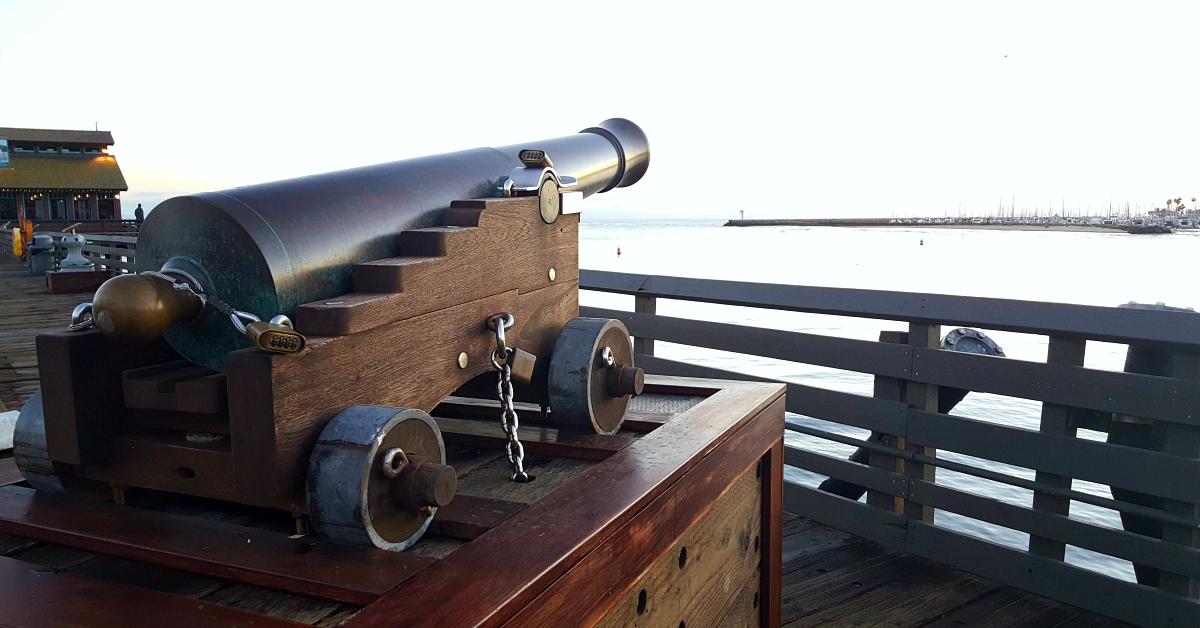 antique cannon stearns wharf