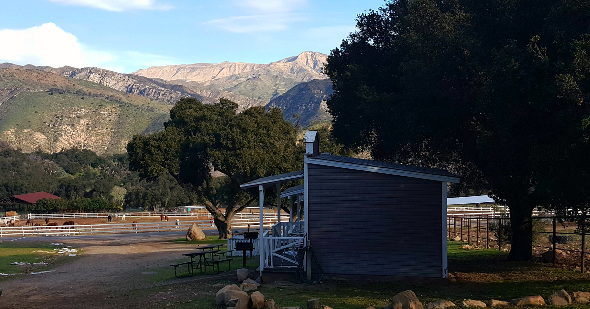 rancho oso village mountains