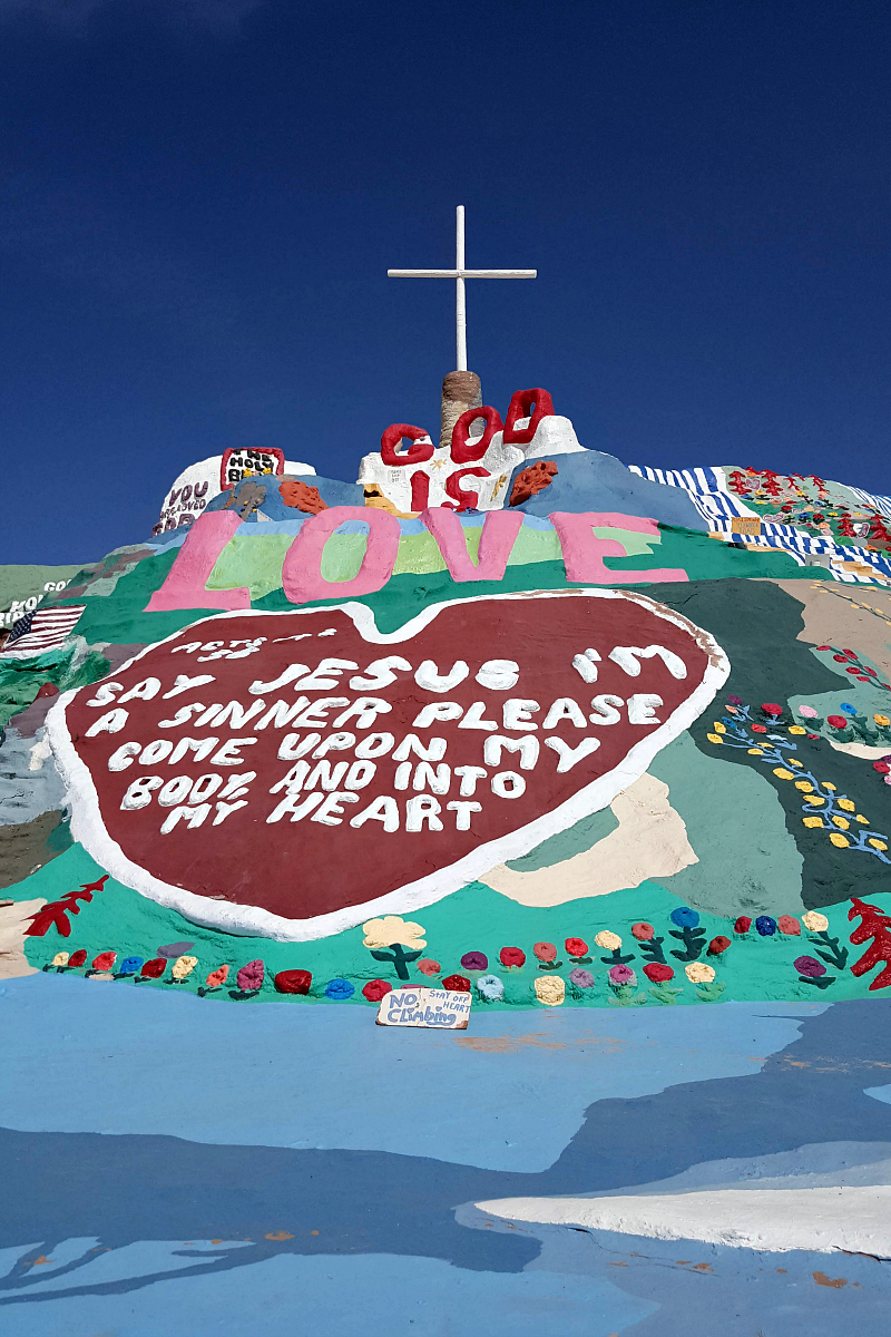 pin salvation mountain slab city