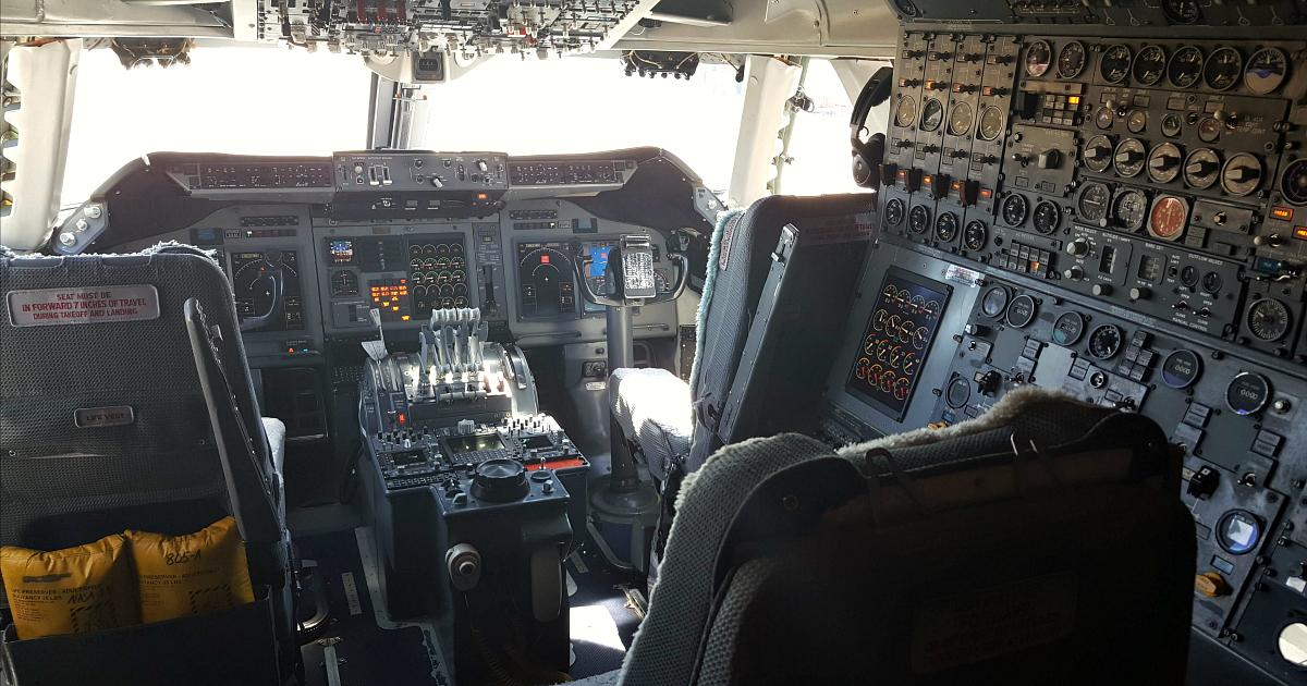 sofia cockpit boeing 747sp