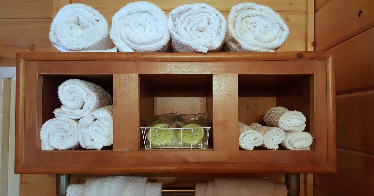thousand trails cabin bathroom towels